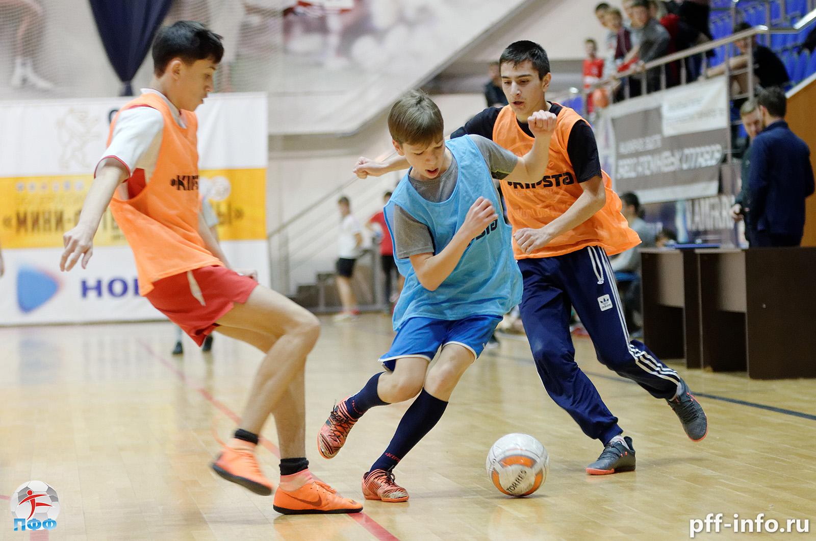 Игроки МФК КПРФ провели мастер-класс для участников Кубка Подольска до 14 лет