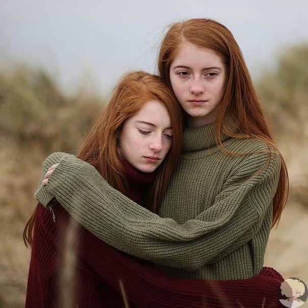 Всегда вместе. Лия и Хлоя идентичные близнецы