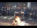 Срочно Бандеровцы избивают МУСАРОВ и ЖГУТ шыны Порошенко Луценко и Грицака на нары 17 09 2018