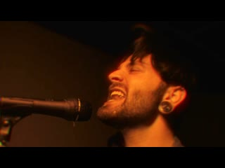Fame On Fire - Smells Like Teen Spirit (Nirvana Cover)