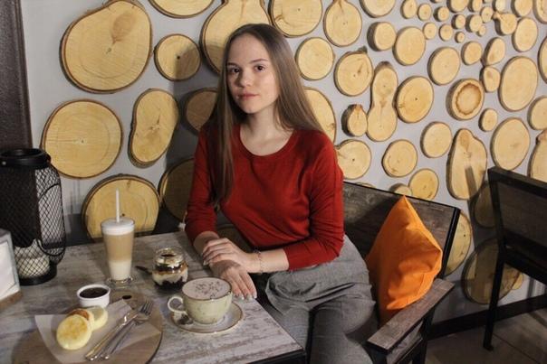 алёна комолова фото