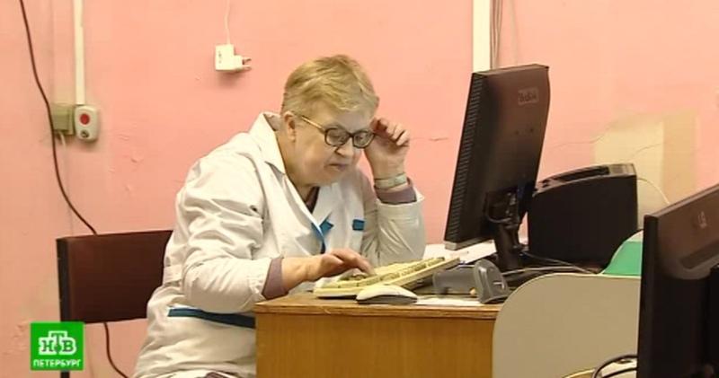 Переезд хуже пожара: петербуржцы встревожились из-за капитального ремонта детской поликлиники