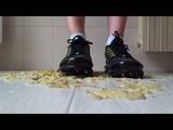 Nike Air Max TN stomping bananas