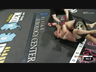 #AFC144 David Booker (5-3) submits Caleb Miller with an arm triangle choke in full guard!