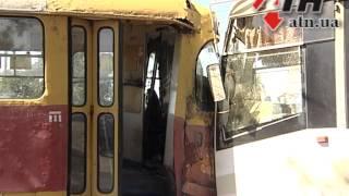 03.08.2015 - Лобовое столкновение трамваев на Салтовке:девятнадцать пострадавших