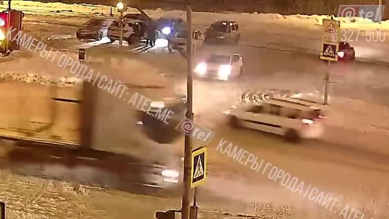 Припарковал в Рыбинске.