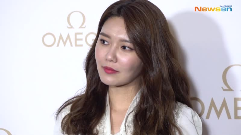 NEWSEN 190410 Sooyoung at Omega Launch Party