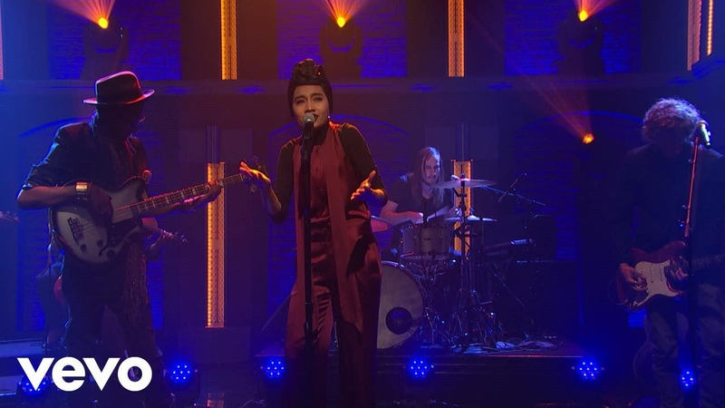 Yuna Used To Love You Live on NBC Seth Myers