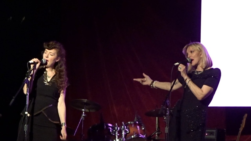 Hole SOFTER SOFTEST 102718 NY Courtney Love with Melissa Auf der Maur Roddy from FNM on Piano