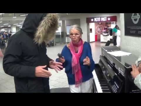 Street Dude Gets Roasted For Bashing a Public Piano