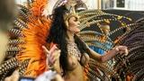 Бразилия / Карнавал / Фестиваль / Девушки в откровенных нарядах