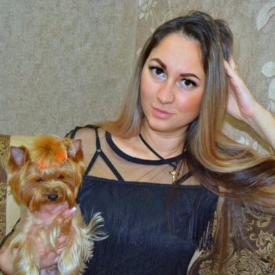 Елена Юракова