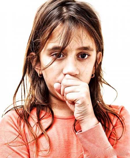 Дренаж от инфекции пазухи может раздражать слизистую оболочку горла.