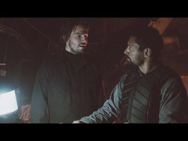 Оливер и Слейд готовят план побега с острова Лян Ю