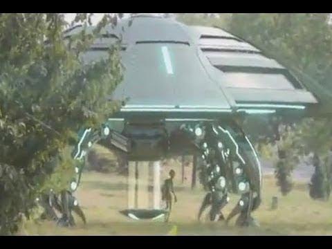 Пришельцы посадили НЛО прямо в городе а сами куда то ушли Я глазам своим не поверил а ученые ахнули