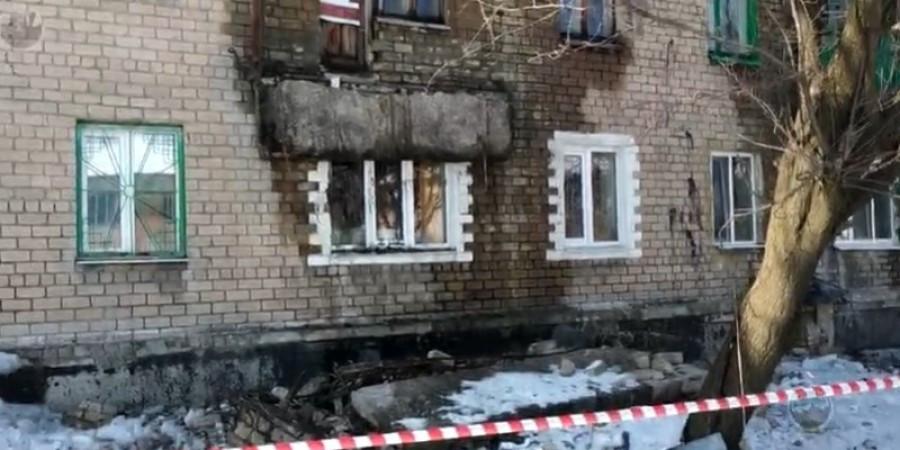 Произошло ЧП в оккупированной Макеевке: жильцы живут под кирпичами, обрушился дом (фото)