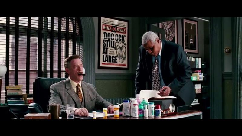 Момент из фильма «Человек-паук 3 » - Джей Джона Джеймсон пьёт таблетки от давления