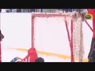 Открытие хоккейной коробки в школе 100