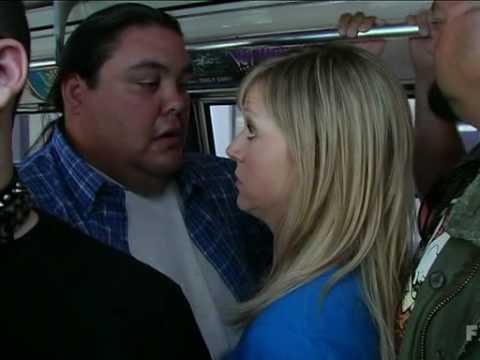It's Always Sunny In Philadelphia - Sweet Dee takes the bus (s04ep06)
