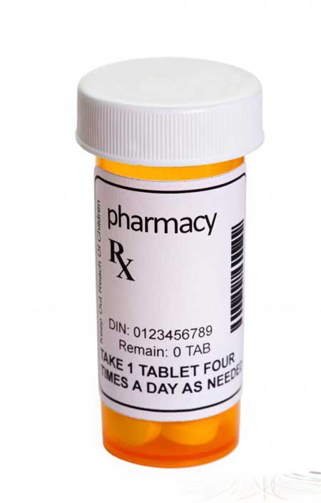 Большинство отпускаемых по рецепту лекарств поставляются с конкретными инструкциями по применению, составленными индивидуально их врачом, в то время как лекарства, отпускаемые без рецепта, часто содержат только общие инструкции.