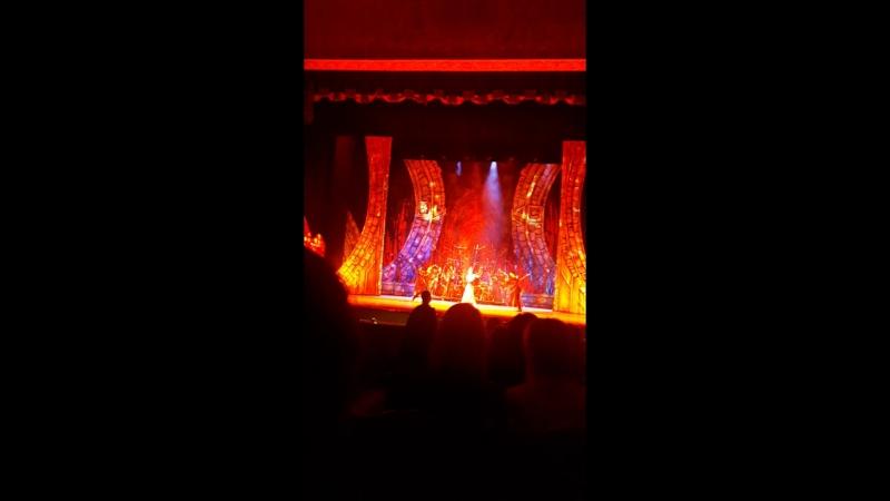 Балет Кармина Бурана в Челябинском театре оперы и балета.