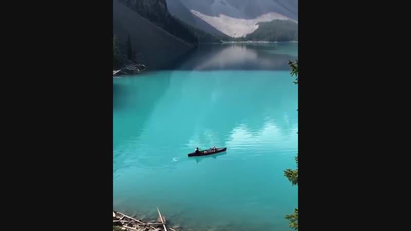 О́зеро Море́йн — ледниковое озеро в Национальном парке Банф, в 14 км от деревни Лейк-Луиз.