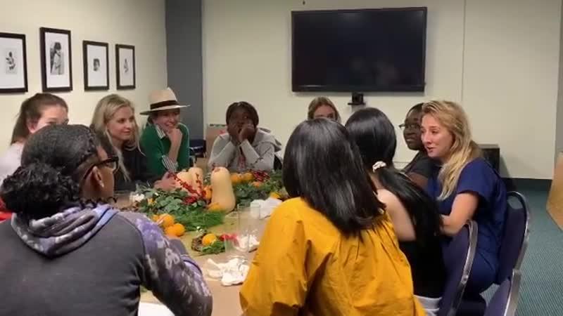 2018.12.11 - Сара на благотворительном ужине организации Alliance of Moms
