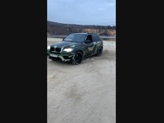 ДРИФТ на BMW x5M