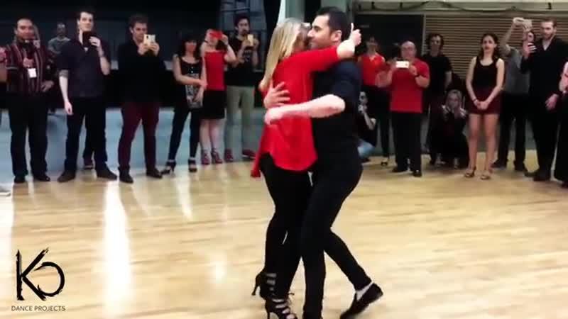 Танцует БЕЗУМНО красивая пара.ОБВОРОЖИТЕЛЬНАЯ блондинка КРИСТИНА.и.КИКО
