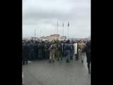 Влед за КБР споры из за земель в Ингушетии В Магасе жители Ингушетии вышли на улицы города протестуя против передачи земли(боле