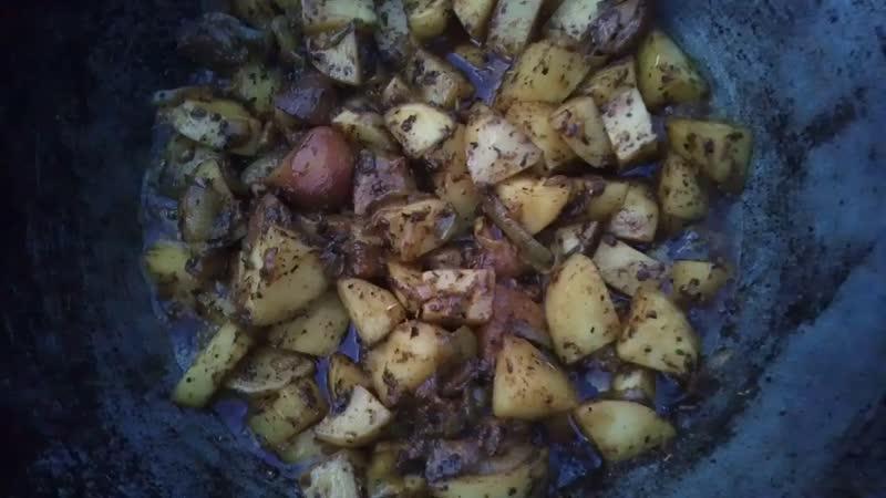 🔥 Картошка с белыми грибами на огне в казане