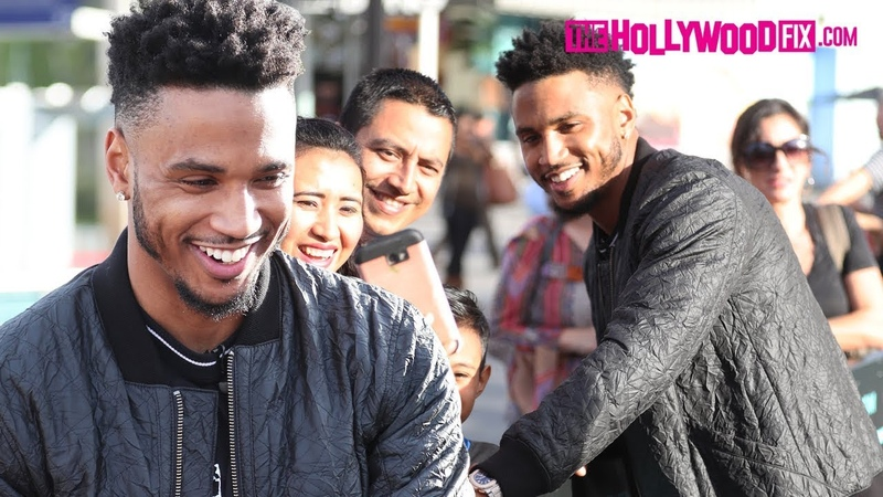 Trey Songz Signs Autographs Takes Selfies With Fans At Extra In Universal Studios Hollywood