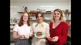 Gabrielle Aplin - #FoodWithFriends - Vegan Jackfruit Roll &amp slaw with Hannah Grace &amp Orla Gartland