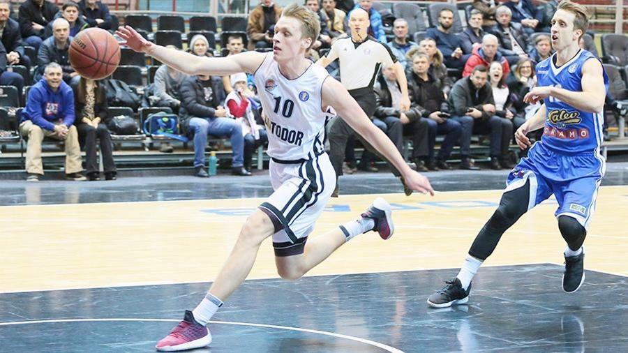 Никита Михайловский не примет участие в драфте НБА