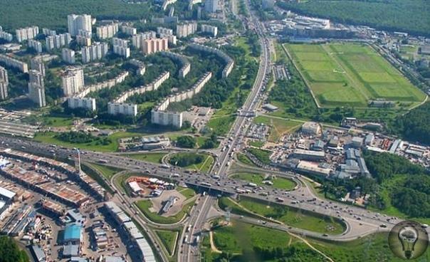 10 самых известных в Москве домов с привидениями На карте Москвы множество загадочных и даже пугающих мест, история которых окутана тайнами и легендами. Какие здания столицы имеют репутацию