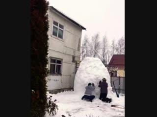 Гигантский снеговик в Жлобине