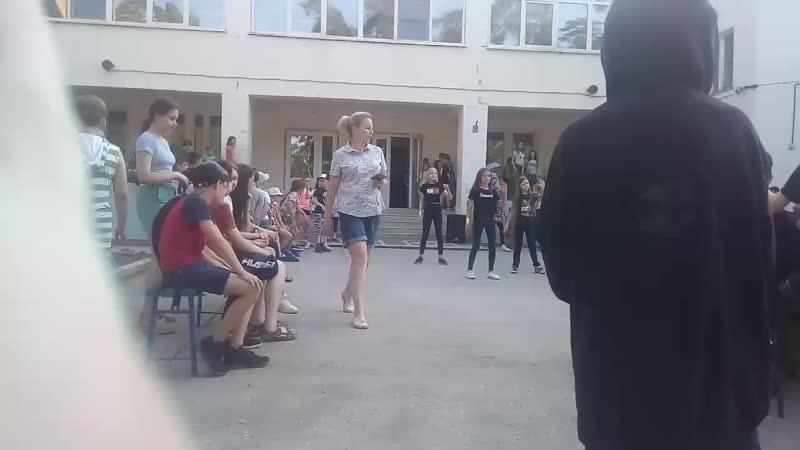 """Флешмоб Танец физрука""""🖤"""