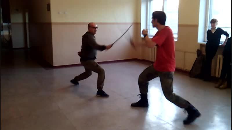 Фехтування на шаблях. Олeсь Барада та Віталій Філосов