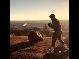 🎬Ранняя тренировка на восходе солнца Теренса Кроуфорда🥊