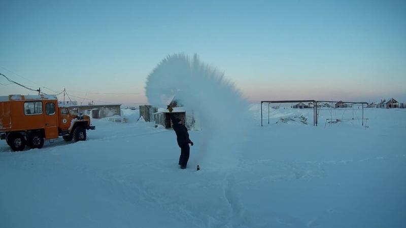 36°C на Варандее Кипяток vs Мороз На краю земли Boiling water vs frost