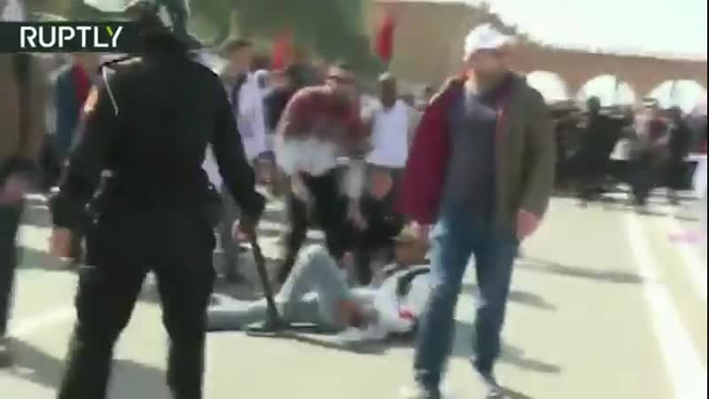 Cops clash with teachers protesting low wages in Morocco