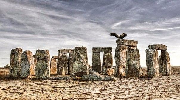 Архитектурные памятники в мире без воды Каким будет мир и знаковые достопримечательности, если глобальная засуха на самом деле наступит Художник Джоэл Кребс считает, что мировой ландшафт