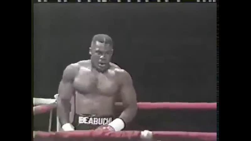 [Boxing] Ike Ibeabuchi (Mike Tyson 2) vs Mike Acklie