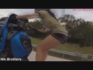 Сексуальные девушки на мотоциклах_Sexy girls on motorcycles