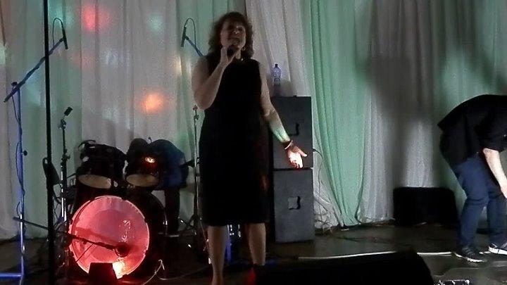Алексаандров 24 марта РОК -- Концерт ,! организатор Ишхан Енокян в гостях -- Александровский сад
