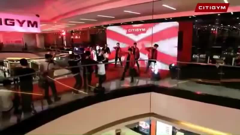 Noo Phước Thịnh - Hold Me Tonight, Đến Với Nhau Là Sai ¦ CITYGYM Vạn Hạnh Mall
