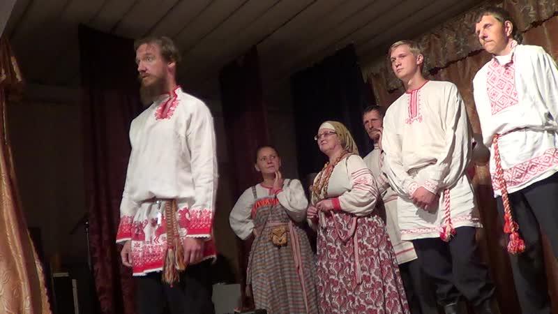 Александр Маточкин и семейный клуб Свояси. Праздник в деревне Заянье Псковской области 8 августа 2015 года.