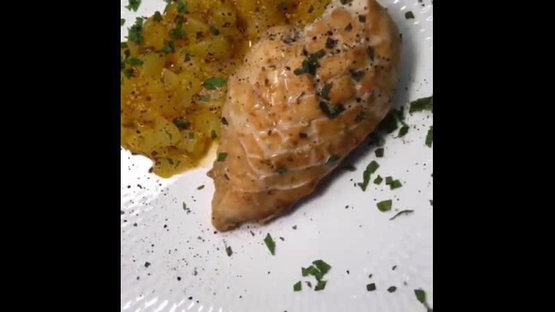 Курица в грушевом соусе