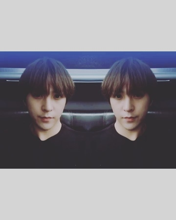 """손동운 on Instagram """"즐거운 추석 되세요오🤗 안전운전 하시구 가족들과 좋은시간 48372"""