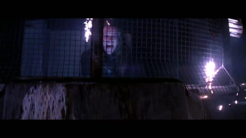 Мясо! Кровь! Кишки! Катана эпично рулит поездом (сцена из фильма Горец 2)